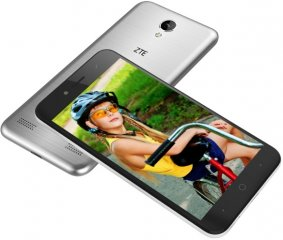Picture of the ZTE Blade A520, by ZTE
